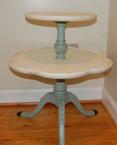 Mersman Solid Wood Two Tier Table by CountryChicSisters on Etsy Distressed Furniture, Painted Furniture, Furniture Painting Techniques, Painted Tables, New Condo, Furniture Refinishing, Country Chic, Solid Wood, Repurposed
