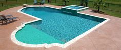 L shaped pool with tanning shelf and spa - by Boscoe's Pools