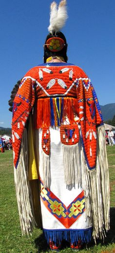 Squamish Nation Youth Pow Wow 2010 Native Dance in Full Regalia at Capilano Indian Reserve Park, Grand Entry Dance, via Flickr.