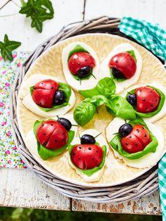 Hübscher Blickfang auf dem Partybuffet (Vegan Dip Dessert)
