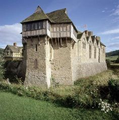 Stokesay Castle was constructed at the end of the 13th century by Laurence of Ludlow, who at the time was one of the richest men in England.