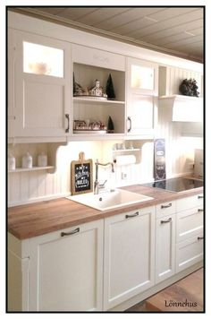 Cottage Küche - Häcker Bristol country kitchen Storage Cabinets Buying Guide This article is a stora Home Decor Kitchen, Home, Kitchen Remodel, Dinning Room Decor, Cheap Kitchen Cabinets, Home Renovation, Country Kitchen, Kitchen Dinning, Kitchen Design