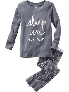Find adorable toddler girl pajamas at Old Navy. Get separates and sets in this stock of pajamas for little girls. Kids Nightwear, Cute Sleepwear, Girls Sleepwear, Cute Pjs, Cute Pajamas, Toddler Outfits, Boy Outfits, Night Suit, Girl Sleeping
