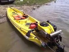 Safe Kayaking Tips and Pics of Inflatable Kayak Outdoor Gear Lab. Kayak Boats, Kayak Camping, Canoe And Kayak, Canoe Trip, Inflatable Fishing Kayak, Kayak Fishing, Fishing Boats, Kayaking Tips, Whitewater Kayaking
