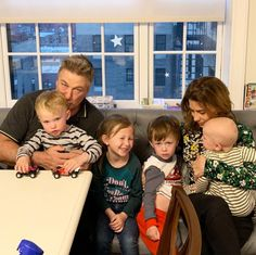Alec Baldwin Praises Wife Hilaria for Opening Up About Miscarriage: 'She's a Very Wise Woman' Harry Belafonte, Message Triste, Alec Baldwin Wife, Arnold Et Willy, Michelle Dewberry, Kind And Generous, After Giving Birth, Wise Women, Be My Baby