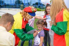 Petreceri personalizate pentru copii in Alba. Am pregătit împreună cu prietenii noștri, o mulțime de programe și opțiuni, pentru ca toți copiii să găsească o temă interesantă pentru petrecerile lor. Jocuri educative. Educatie non-formala.