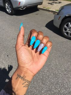 Nail Designs are continually changing, but one thing that doesn't change is the effect a good manicure can have on Manicure, Aycrlic Nails, Dope Nails, Fun Nails, Best Acrylic Nails, Acrylic Nail Designs, Jolie Nail Art, Acryl Nails, Glittery Nails