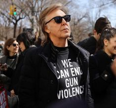 """Paul McCartney remembering John Lennon""""One of my best friends was killed in gun violence right around here, so it's important to me. March For Our Lives, Sir Paul, Person Of Interest, Pictures Of People, Faith In Humanity, Paul Mccartney, John Lennon, The Beatles, Feminism"""