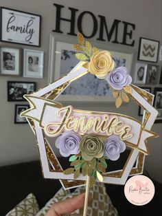 Diy Cake Topper, Birthday Cake Toppers, Cricut Cake, Diy And Crafts, Paper Crafts, Silhouette Design, Diy For Kids, Paper Flowers, Album