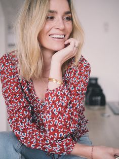 Camilla Pihl wearing blouse from Rails and jeans from Monki