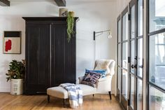 Martha Mullholland House in Los Angeles, Photographed by Laure Joliet   Remodelista