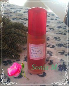 Tonico per pelle delicata FORMULA Acqua alla polvere di rosa 70 g Acqua distillata 18,4 g Glicerina vegetale 3 g Soluzione di sodio j...
