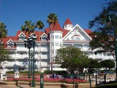 Disney's Grand Floridan - patterned after The Del Cornardo Hotel in Cornardo/ San Diego, CA.  Again, I have never stayed there, but that doesn't mean I won't someday .