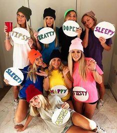 Girl Group Halloween Costumes, Disney Halloween Costumes, Halloween Outfits, Diy Halloween, Halloween Couples, Zombie Costumes, Halloween Recipe, Family Costumes, Women Halloween
