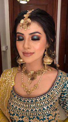 Indian wedding makeup transformation. Indian Wedding Dresses, Indian Wedding Mehndi, Bridal Hairstyle Indian Wedding, Indian Wedding Video, Wedding Lehnga, Fancy Wedding Dresses, Indian Bridal Outfits, Indian Bridal Fashion, Indian Bridal Wear