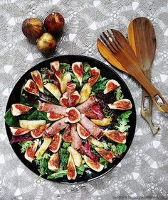 Fig, Prosciutto & Pear Salad by thehungryaustralian #Salad #Pear #Fig #Prosciutto #Healthy