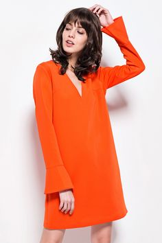 FRONT ROW SHOP // V-collar. Side pockets. Flare sleeve. About me:. 97%Polyester  3%Spandex</p>