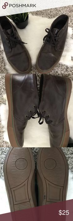 Polo Ralph Lauren Man 13D Low Boots 100% Leather Polo Ralph Lauren Man Sz 13D Low Boots Shoes Lace Up Brown 100% Leather  Type: Man Shoes  Style: Man Low Boots Shoes  Brand: Polo Ralph Lauren  Material: Leather (Upper), Fabric (Linen)  Color: Brown  Man Size: 13D  Please check the condition of the item on the pictures.  Condition: Pre-owned. Please check the condition of the item on the pictures for more details. Pet and smoke free. Polo by Ralph Lauren Shoes Boots