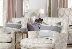 Sarah's House: Sarah Richardson layered subtle patterns throughout the room. Love the chairs. Sarah Richardson, Lilac Living Rooms, Living Spaces, Suburban House, Living Room Bench, Design Salon, Diy Design, Patterned Chair, New Interior Design
