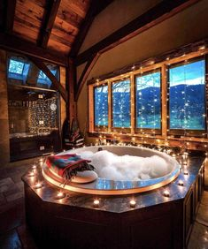 Master bathroom decorated with beautiful lights. luxus 25 Captivating Christmas Bathroom Decoration Ideas You Just Can't Miss Dream Bathrooms, Dream Rooms, Romantic Bathrooms, Master Bathrooms, Mansion Bathrooms, Mansion Rooms, Luxury Bathrooms, Contemporary Bathrooms, Christmas Bathroom Decor