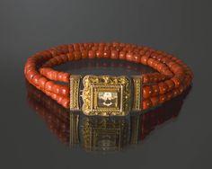 Coral necklace with golden lock, Volendam, Netherlands 1933