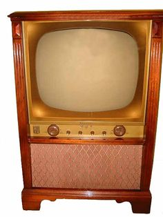 Black and White TV - our first television looked just like this! Photo Vintage, Vintage Tv, Vintage Black, Radios, 1960s Advertising, White Tv, Black White, Vintage Television, Television Set