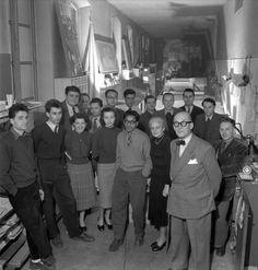 Iannis Xenakis formo parte del equipo de colaboradores del famoso arquitecto Charles-Édouard Jeanneret Le Corbusier (1887-1965)