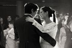 Romántica boda en blanco y negro... esperamos que os guste pareja!! Gracias por vuestra confianza. http://www.xn--foto-espaa-19a.com/#!fotografo-nupcial/c1kl7