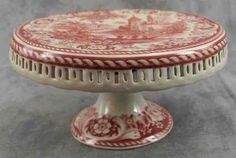 RED & CREAM TRANSFERWARE VICTORIAN COUNTRYSIDE TOILE PEDESTAL CAKE PLATE STAND
