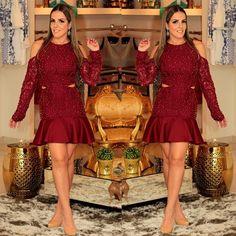 Agora o dress inteiro !!!! #luxo#brilho#partydress#lovedress#fiquelinda   Entra lá no blog e veja tudo !!!! www.blogdakarlamagon.com.br