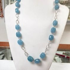 If you're running out of gift ideas, here's a sweet blue treat that goes well with various hairstyles and a lot of casual outfits! https://instagram.com/paradoxjewels/