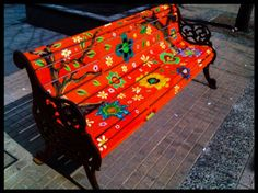 As New York used to display cows, and Washington DC elephants and donkeys in their streets; now Santiago has rows of benches with different is part of Funky painted furniture - Painted Benches, Whimsical Painted Furniture, Hand Painted Furniture, Funky Furniture, Paint Furniture, Upcycled Furniture, Furniture Projects, Furniture Makeover, Outdoor Furniture