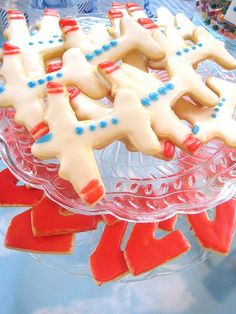 Airplane sugar cookiesmake into a red tails plane p 51d mustang