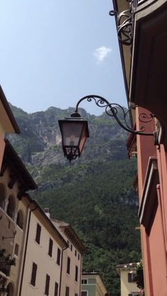 Riva del Garda: the high mountains seem to start right in the center of the city.