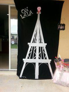 Photo booth - Paris theme Baby Shower Parisian Baby Showers, Paris Baby Shower, Baby Shower Themes, Shower Ideas, Baby Shower Gifts, Paris Party, Paris Theme, Springtime In Paris, Party Ideas