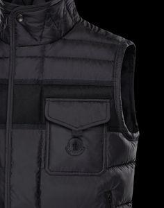 980b54300946 MONCLER ATHOS NOIR Voici un modèle transposant l expérience de Moncler en  matière de tenues