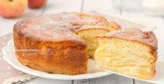 La torta magica alle mele è un dolce strepitoso, un unico impasto, due strati diversi, uno cremoso e uno sofficissimo, è divina!