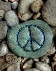 Hippie Peace, Hippie Love, Hippie Chick, Hippie Things, Peace Sign Art, Peace Signs, Peace Love Happiness, Peace And Love, Pop Art Decor