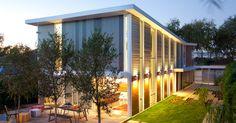 Residence luz solar moderno de luxo pela Homes Proto - Design Arquitetura Moderna Casa