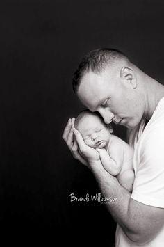 newborn baby boy with Dad    brandiwilliamsonphotography.com