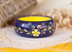 Wooden Boho bracelet with a hand painted colorful by SpringHoliday