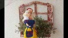 Amigas da Barbie -  vestido em crochê Branca de Neve