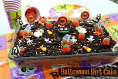 Mommy's Kitchen - Country Cooking & Family Friendly Recipes: Halloween Dirt Cake {Easy Halloween Party Ideas} #wmtmoms #halloween