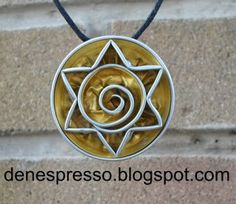 denespresso: collar sol - without tutorial :-( Recycled Crafts, Diy And Crafts, Bijoux Fil Aluminium, Coffee Pods, Bijoux Diy, Cool Things To Make, Wire Jewelry, Washer Necklace, Polymer Clay