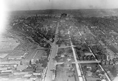 vancouver 1919 - looking East along Georgia Street Image: City of Vancouver Archives