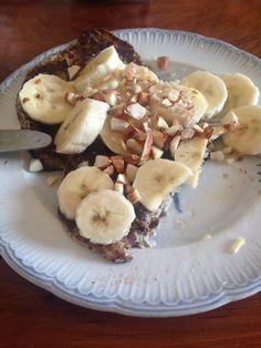 Chiagrødsklatkager med banan, hakkede mandler og agavesirop #morgenmad