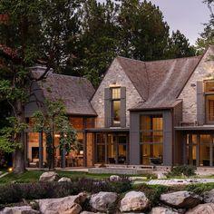 Dream Home Design, House Design, Architecture Design, Cabin In The Woods, Modern Farmhouse Exterior, House Goals, Cabana, Exterior Design, Future House