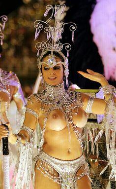 Brazilian sexy dancers