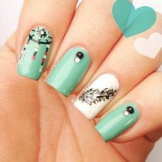 Cool Dream Catcher Nail Designs for Native American Fashion, The dreamcatcher is a handmade craft originated from the Native American culture. It was believed among the Chippewa tribe in America and the Ojibwa t. Great Nails, Cool Nail Art, Cute Nails, Dreamcatcher Nails, Native American Fashion, Cool Nail Designs, Nail Stamping, Coffin Nails, Acrylic Nails