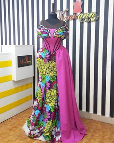 Luscious Collection: This year make a statement without even saying a word just wear the confi. African Lace Dresses, African Clothes, African Fashion Dresses, Ankara Fashion, African Print Fashion, African Prints, Ankara Styles For Women, Ankara Gown Styles, African Design